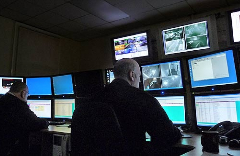 CCTV keeps West Lancs safe in run up to Christmas    West Lancashire Borough Council and partners are working to ensure shoppers and visitors coming to Ormskirk are safe in the run up to Christmas.        The Council's CCTV system watches over the borough and provides reassurance to the community...